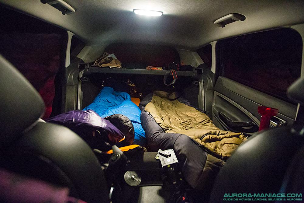 dormir dans une voiture ou dehors en laponie aurora maniacs. Black Bedroom Furniture Sets. Home Design Ideas