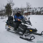 Vêtements pour sorties motoneige en Laponie