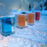 Verres en glace au bar Ice Hotel de Kiruna