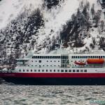 Bateau Polarlys, Hurtigruten