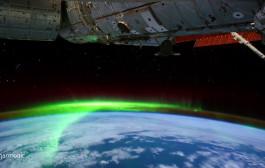 VIDEO - Des aurores polaires filmées depuis l'espace à bord de l'ISS (timelapse)